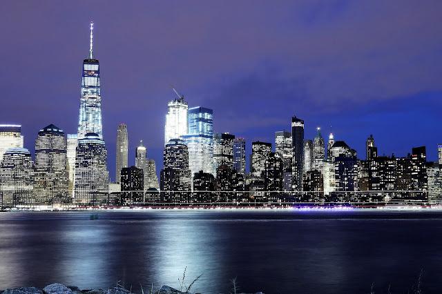 أضواء مدينة نيويورك ليلا