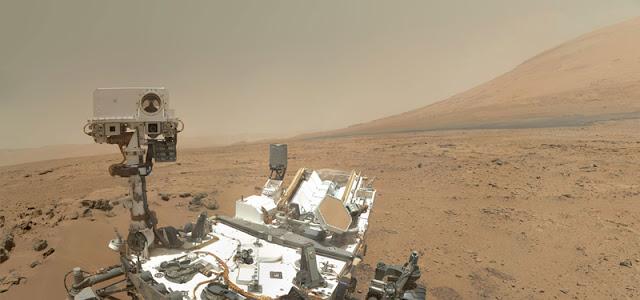mars-rover-curiosity-self-portrait