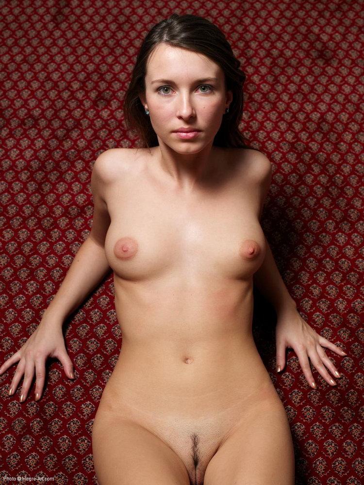 легче, фото голых артистов украины и россии даже