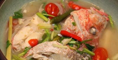 Ikan merah stim berkuah tom yam putih