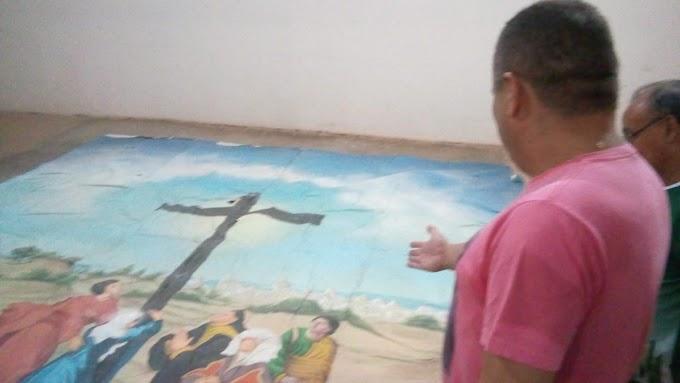 Em homenagem ao Museu Nacional do Rio de Janeiro, Paróquia de Mucambo decide restaurar antiga tela da Igreja Matriz.