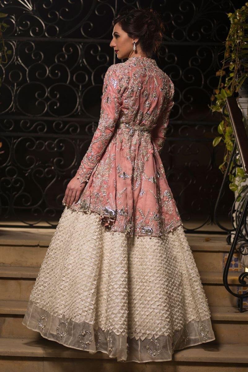 Buy this elegant pink bridal dress by Nida Azwer Pakistani bridal outfits
