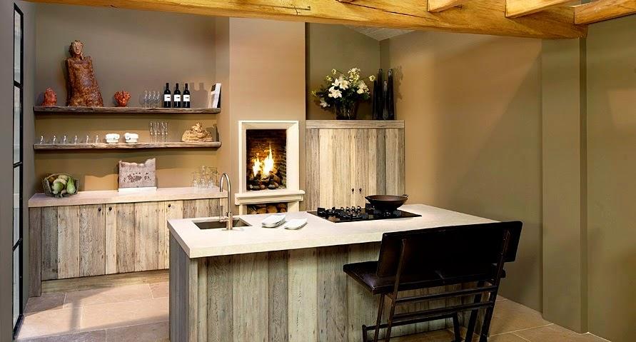 Una cocina con solera cocinas con estilo for Cocinas rusticas con chimenea