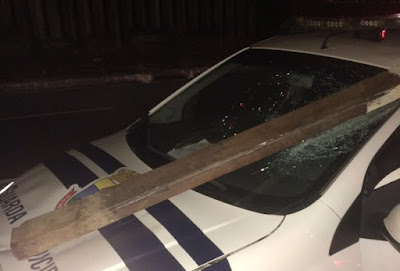 Viatura da Guarda Municipal de Belo Horizonte (MG) é alvo de vandalismo no centro