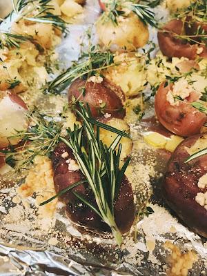 garlic rosemary smashed roasted potatoes recipe