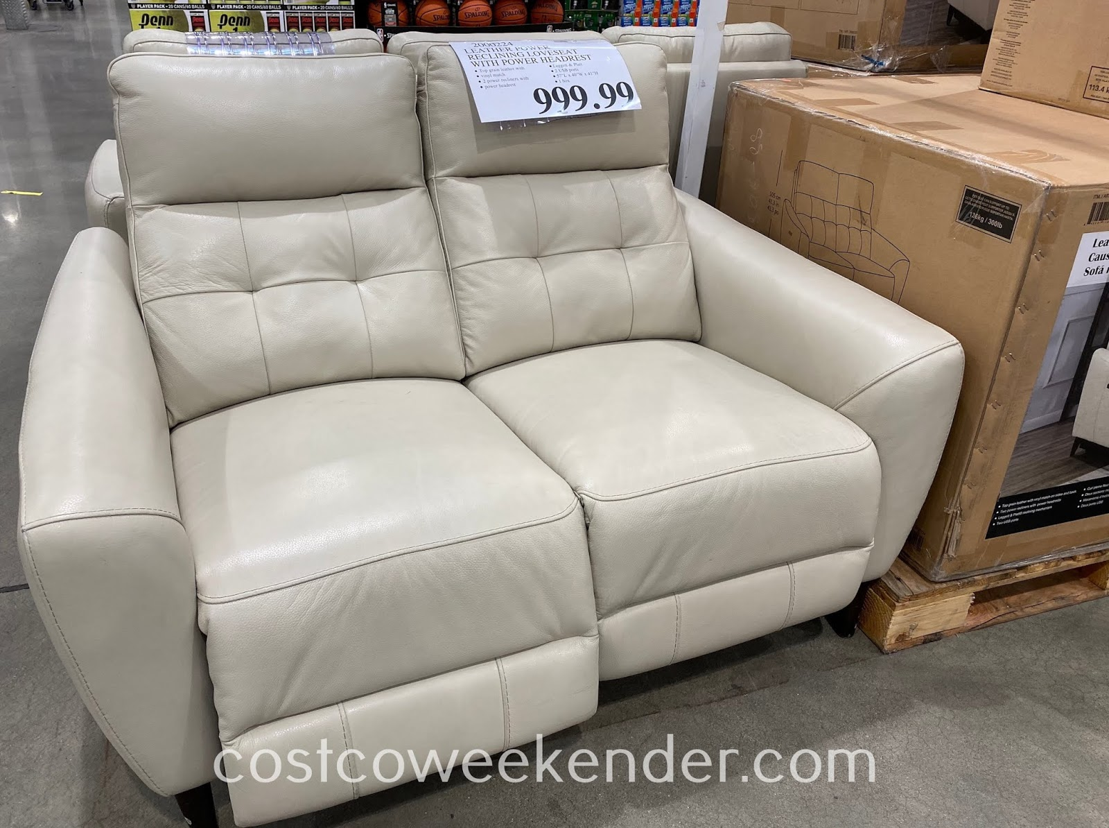 Relax in your home on the Leather Power Reclining Loveseat
