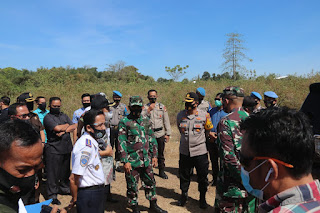 Lokasi Jalur Kereta Api Makassar Pare Pare Di Tinjau Wakapolda Sulsel Dan Kasdam XIV Hasanuddin