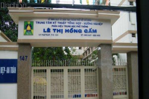 Đồng phục trường thpt Lê Thị Hồng Gấm đẹp