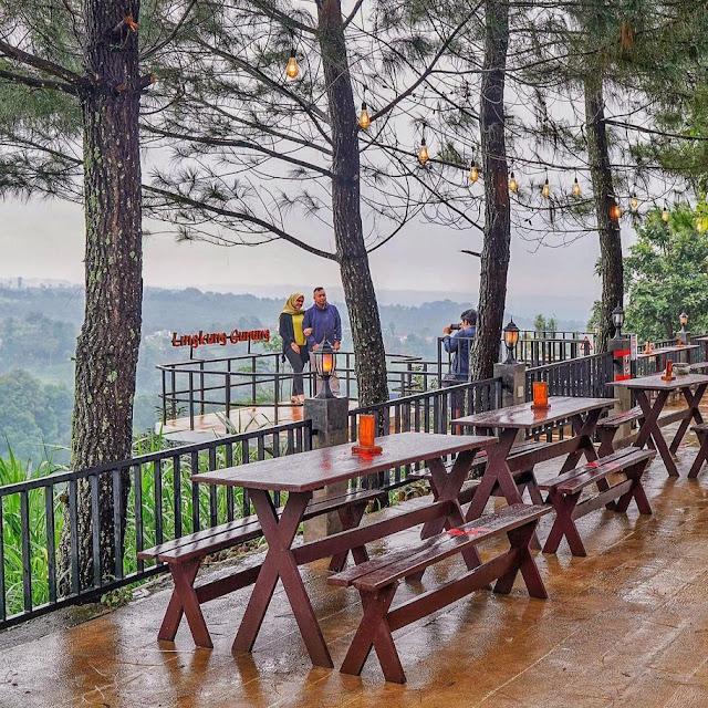 Elji Cafe Ciawi Bogor