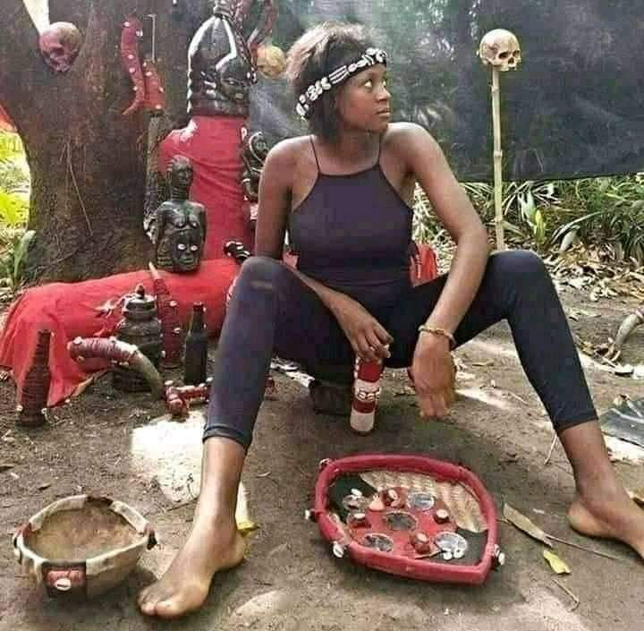BE SINCERE!! You Asked For Her Picture And She Sent You This – Will You Still Be Willing To Date Her?