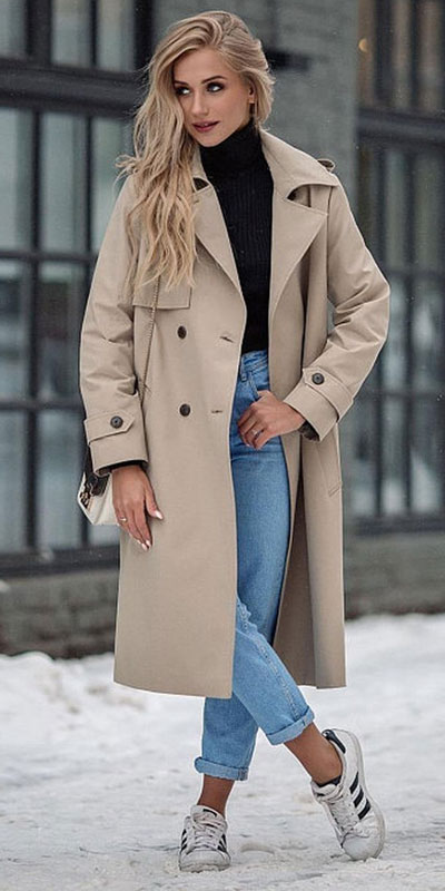 Winter is a great time to step up your personal style. See these 24 Trendy Winter Fashion Ideas for Not So Cold Days. Winter Outfit Ideas for Women via higiggle.com cute winter jeans style with coat #winter #fashion #coat