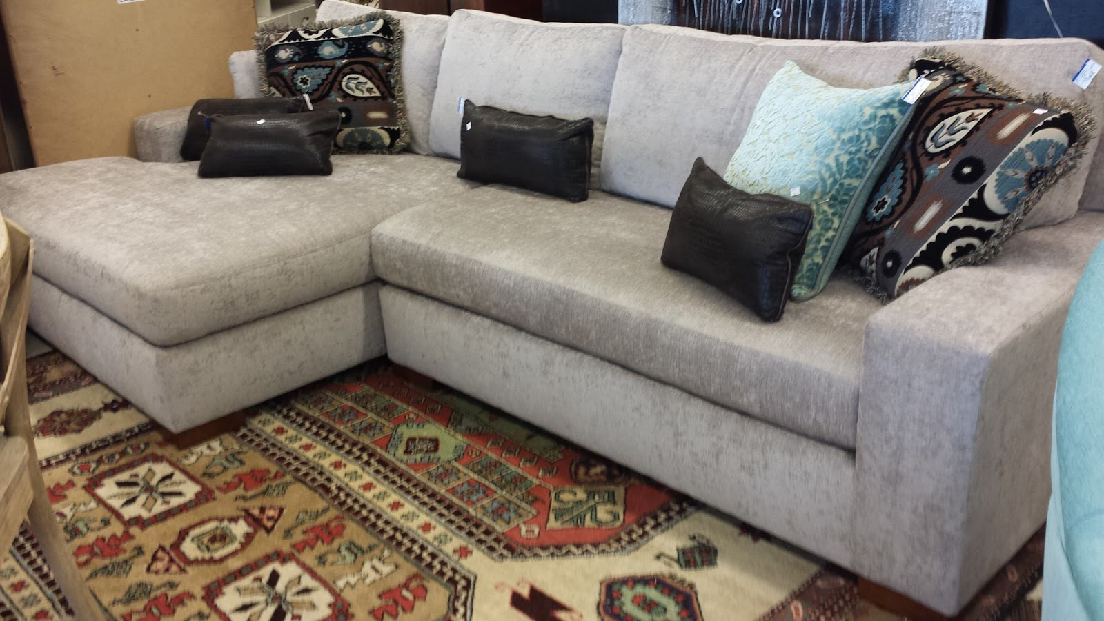 Sofas In Atlanta Rooms To Go Sofa Sleeper Sectional Furniture Stores 4 Fantastic Locations