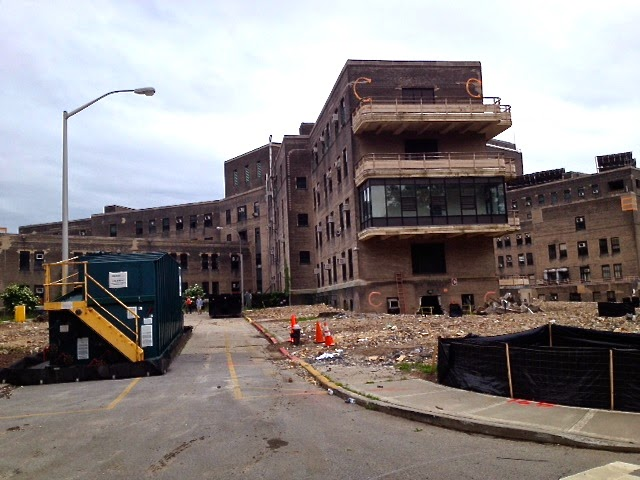 Roosevelt Island Cornell Nyc Tech Campus Construction Update Interior Demolition Abatement Of Goldwater Hospital Continues New Barging Operator Removing