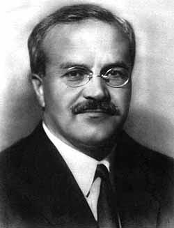 https://pt.wikipedia.org/wiki/Viatcheslav_Molotov