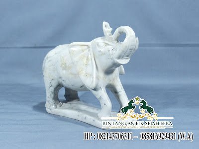 Patung Gajah Marmer