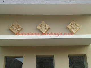 Hasil gambar untuk relief tiang rumah