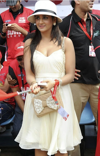 Actress Parul Yadav Latest Hot Stills Actress Trend