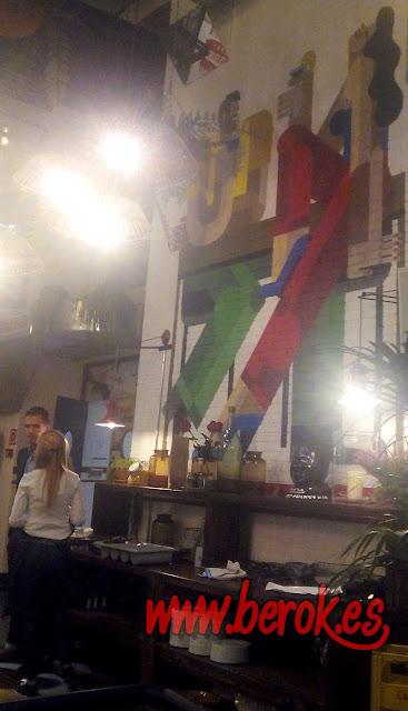 pintura mural restaurante Barcelona
