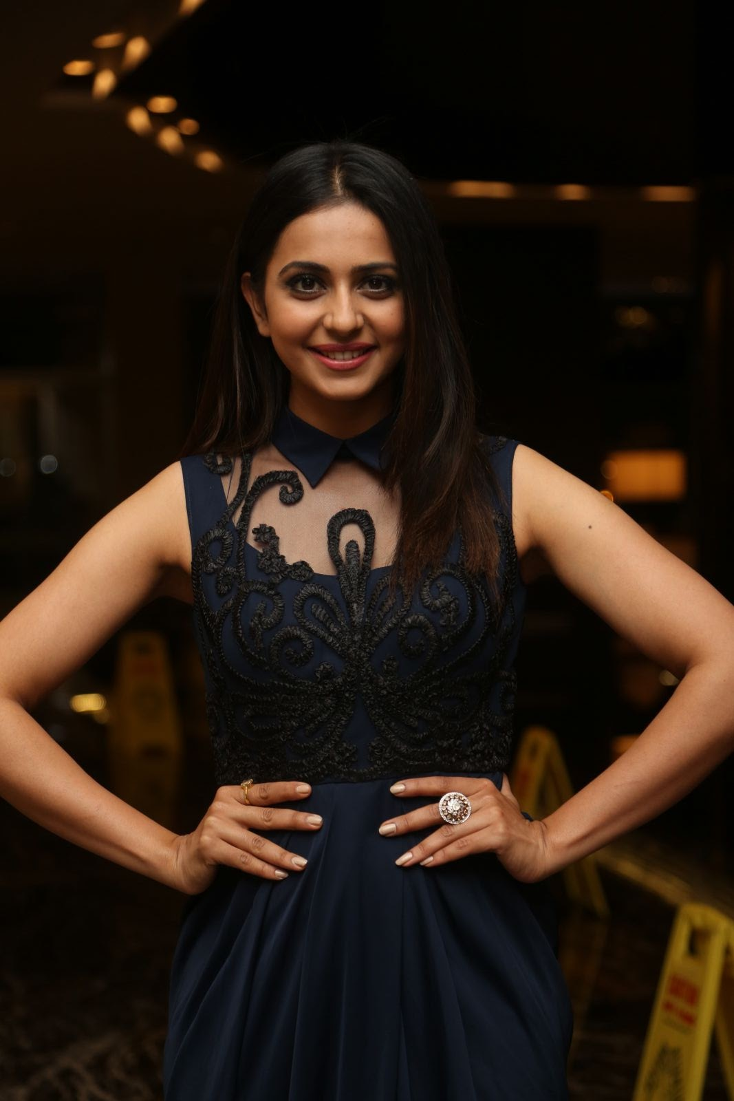 rakul preet singh latest sizzling photos-HQ-Photo-4
