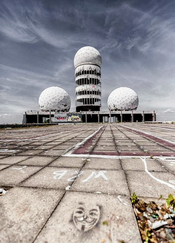 Deserted Places: An abandoned NSA spying station in Berlin