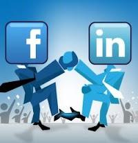 Inserire il curriculum sul profilo Facebook con le competenze professionali
