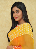 Poorna looking gorgeous at Naturals saloon launch-cover-photo