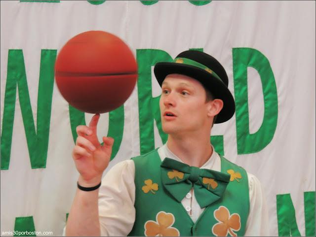 Lucky The Leprechaun Mascota de los Boston Celtics