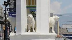 Bandung berniat membuat patung maung tapi malah mirip beruang