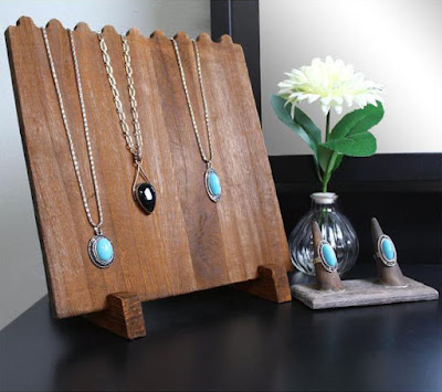 DIY country feel imspired necklace displays.