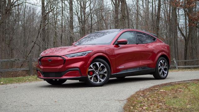 Mobil Listrik Ford Mustang Mach E 2021