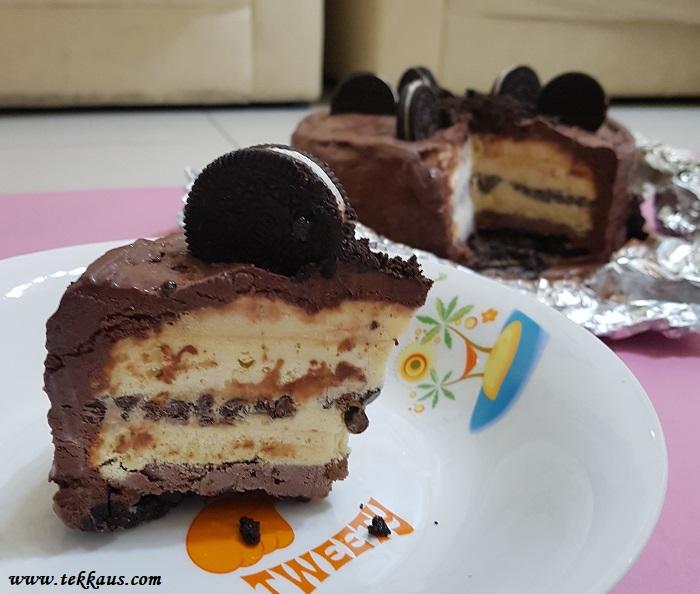 Homemade ice cream sponge cake oreo
