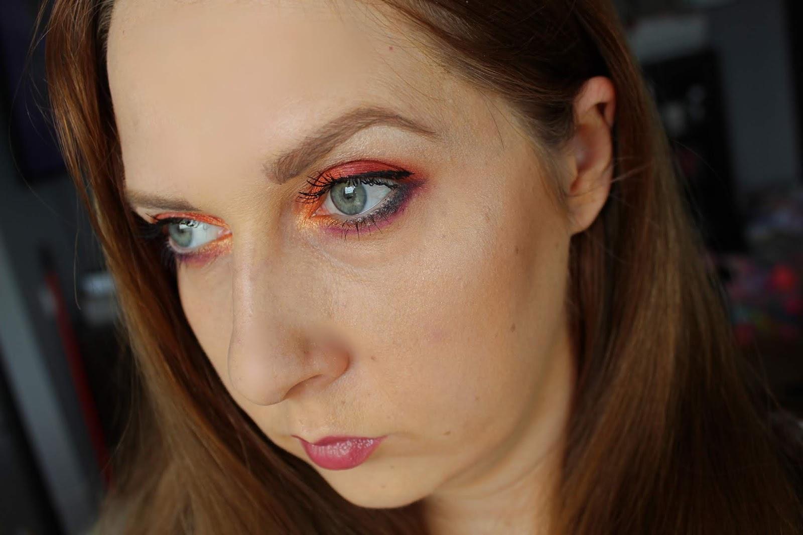 I HEART REVOLUTION - TASTY PALETTE CHILLI - Makeup Revolution