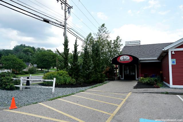 Entrada a la Taberna Tuckaway Tavern en New Hampshire