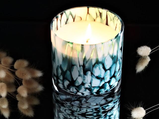 parfum à la menthe, avis bougie parfumée, mint scented candle, parfum d'ambiance frais, parfum maison menthe, bougie à la cire végétale
