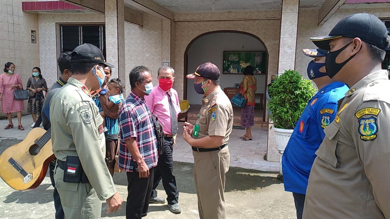 Tim Operasi Natama Pemko Tebingtinggi Sosialisasikan Waspada Covid-19 Jelang Tahun Baru Untuk Antisipasi Lonjakan Kasus Covid-19