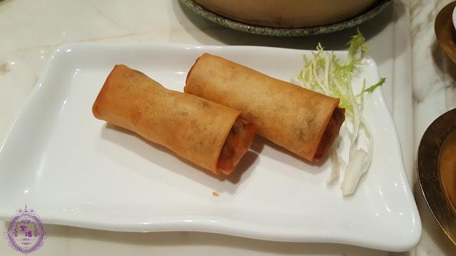 【雞絲春卷 – Crispy Spring Rolls with Shredded Chicken】
