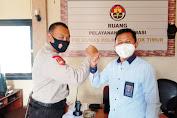 Patuhi Protokol Kesehatan, Kabiro Media Warga Temui Humas Polres Lombok Timur