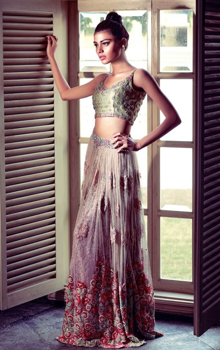 Sadaf Kanwal marvelous look in ROSEMARY AND THYME CHOLI Pakistanibridal wear by Tena Durrani