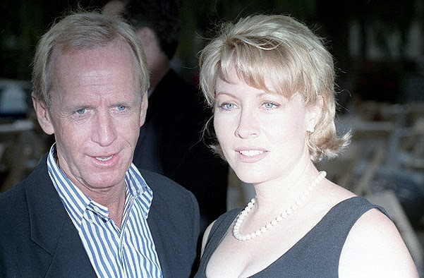 Paul Hogan and his wife
