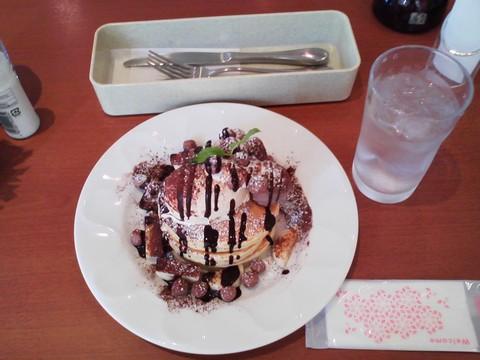 バースデーパンケーキ¥0-1 デニーズ岐阜加納店