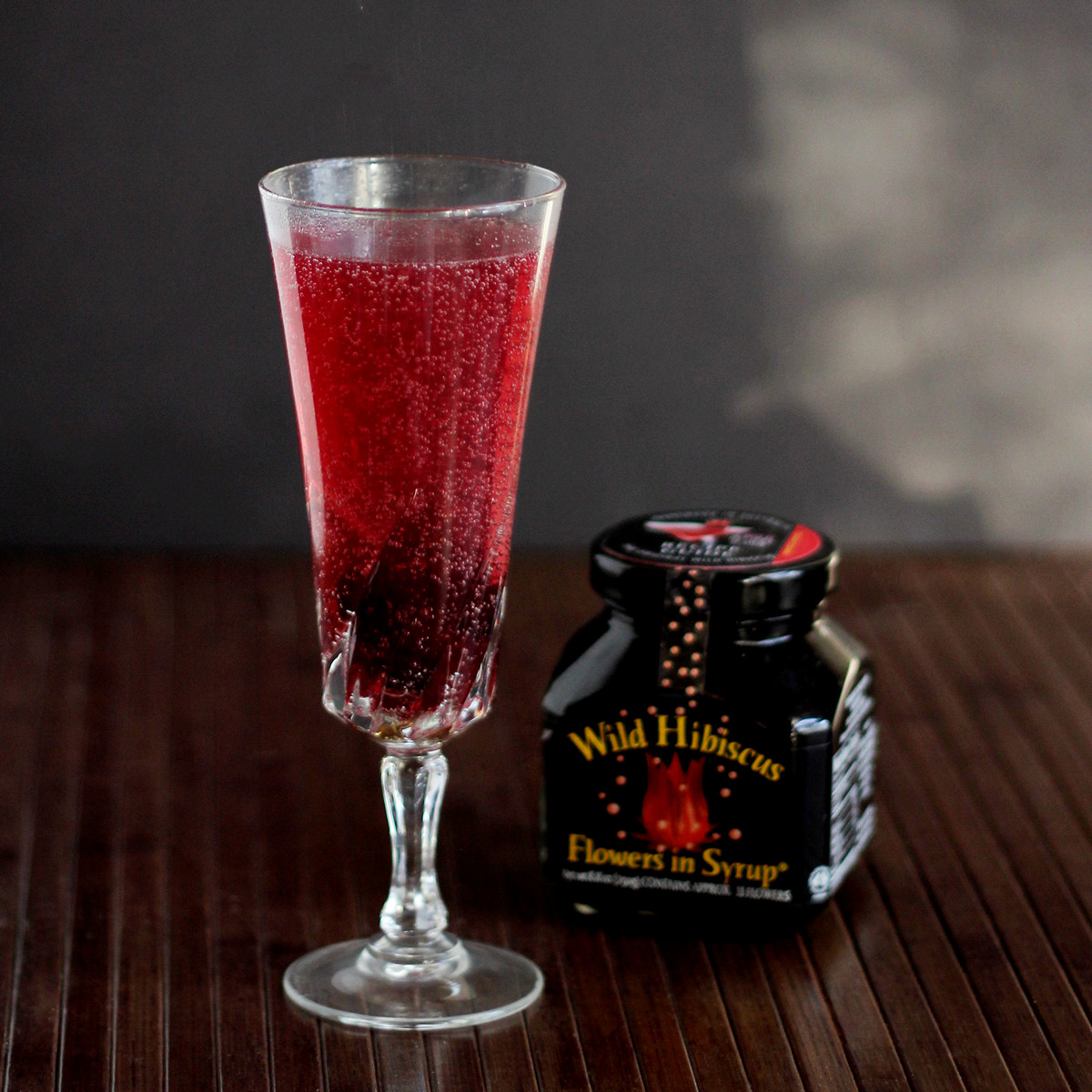 Cookistry sparkling hibiscus lemonade 1 tablespoon hibiscus syrup from jar of hibiscus flowers in syrup izmirmasajfo