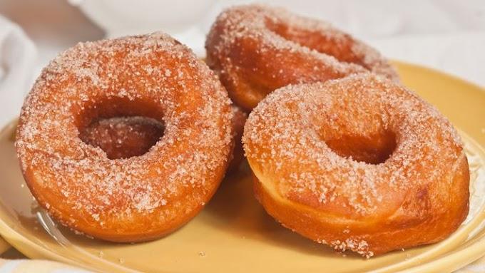 Donuts Assados simples vem conferir a receita