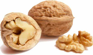 Eating walnuts also rejuvenates the brain
