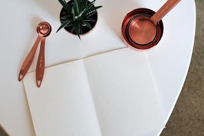Kertas Putih Sebagai Analogi Kehidupan - dasirrounin.com