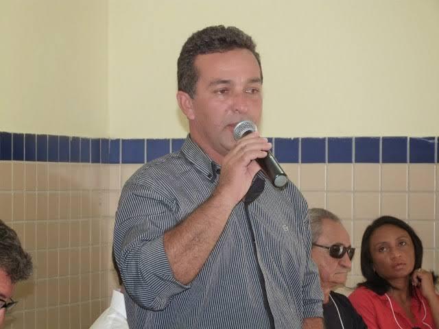 Jataúba News : ELEIÇÕES 2020: Prefeito Antônio de Roque sofre mais uma dura  queda na sua equipe, desta feita o Secretário de Agricultura Zainha adere  ao grupo 3° via.