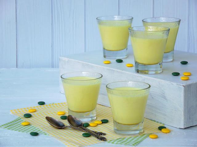 Cách làm trắng da tại nhà bằng sữa ong chúa và sữa chua