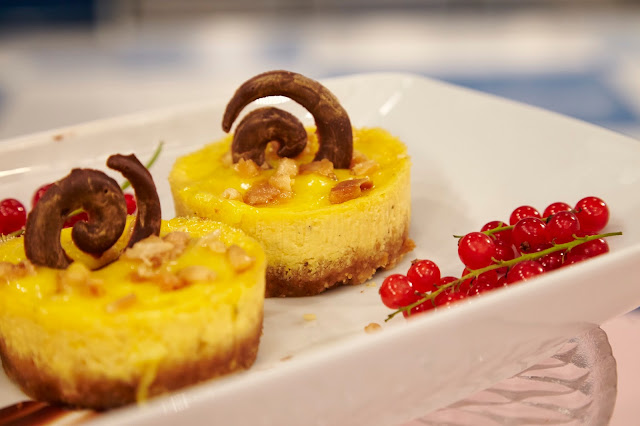 Mango Ricotta Cheese Cake