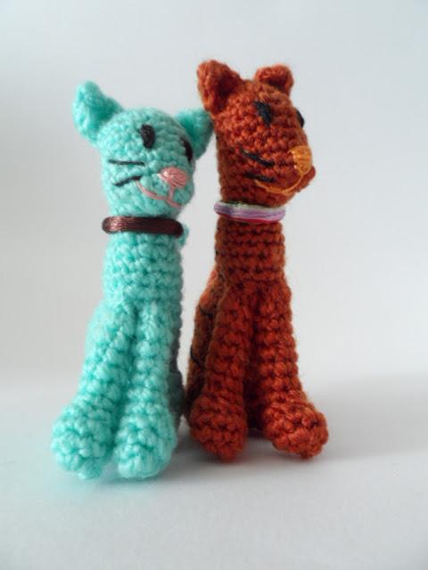 http://agujalanaytijeras.blogspot.com.es/2016/09/gatos-amigurumis.html