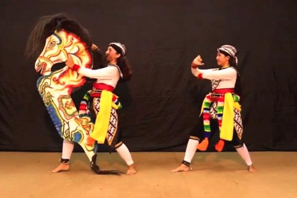 Tari Jhatilan - Pengertian, Sejarah, Ciri, Kostum dan Fungsinya