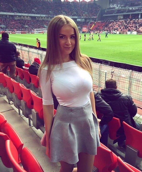 ТОП-25 Самых Сексуальных Футбольных Болельщиц